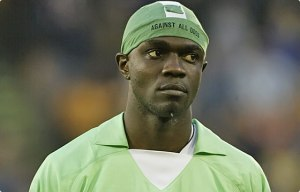 Efe Sodje in his trademark bandana while on duty for Nigeria