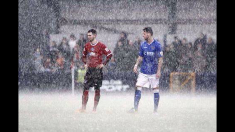 Hyde v Stockport Rain